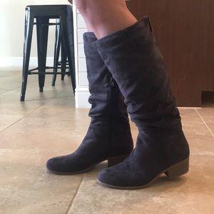 Boots (women's)